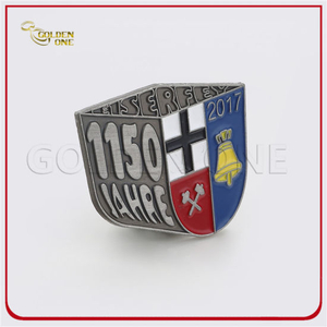 Customized Antique Sliver Plated Metal Pin Badge